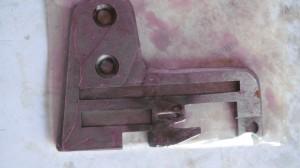 Оверлок Rimoldi 627-629 кл, игольная пластина