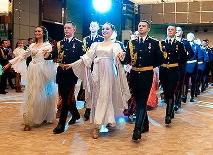 В Севастополе станцуют полонез