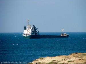 севший на мель корабль в 2011 году