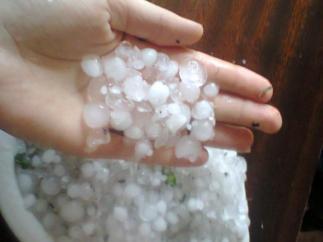 В Крыму снова дожди и град
