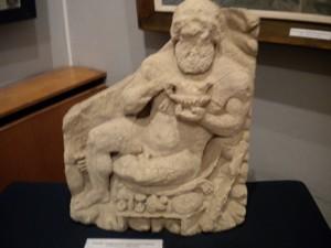 Барельеф Геракла в Евпаторийском краеведческом музее