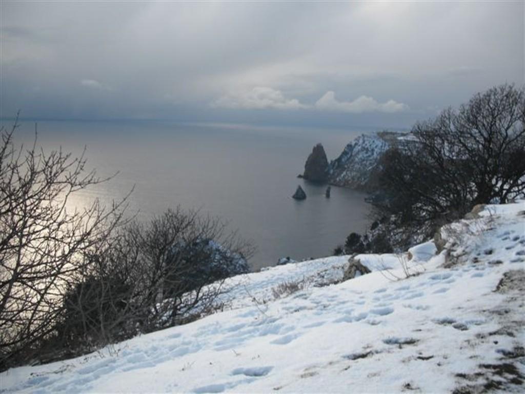 Вскоре   Крым  заметет снегом