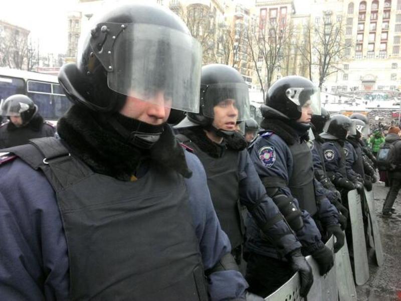 В Крыму собирают вещи и деньги для бойцов  киевского Майдана