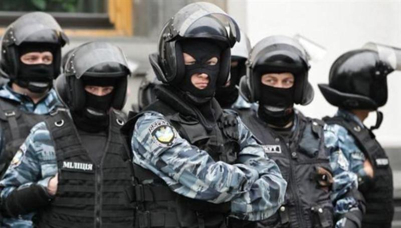 Бойцов расформированного  «Беркута» позвали в Севастополь