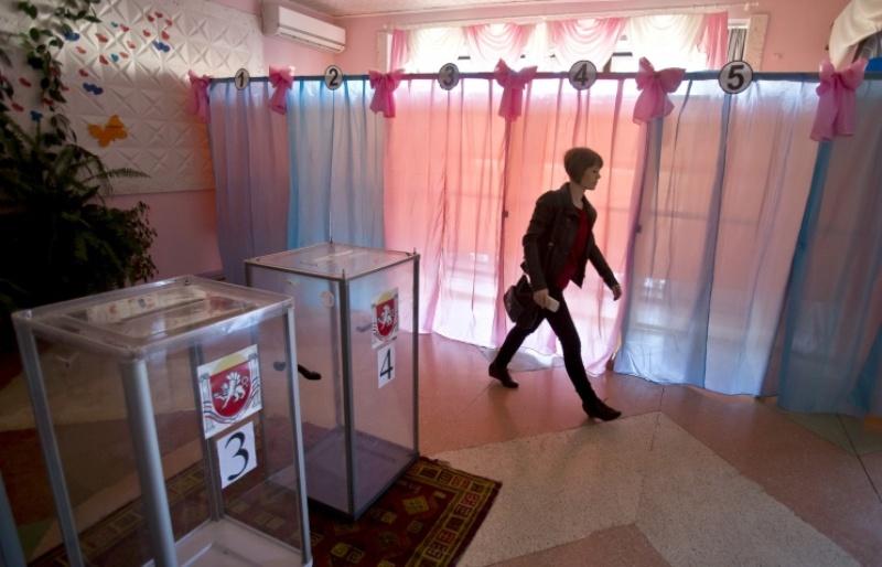 В Крыму открылись участки для голосования