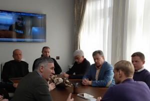 встреча, Филонов и ученые