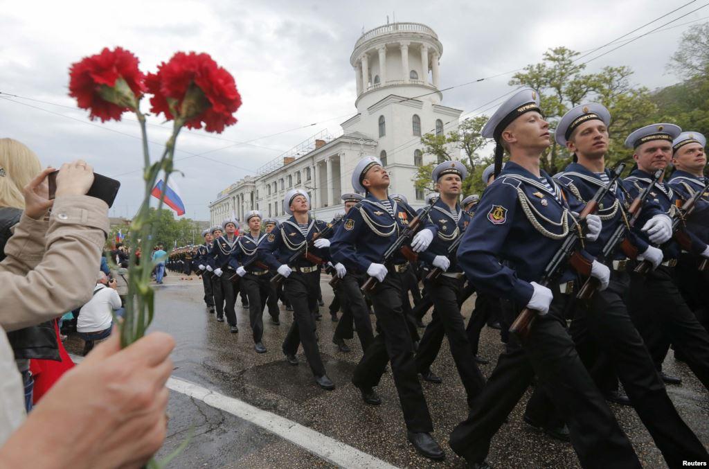 Военные парады в честь 70-летия Победы  пройдутв Керчи иСевастополе