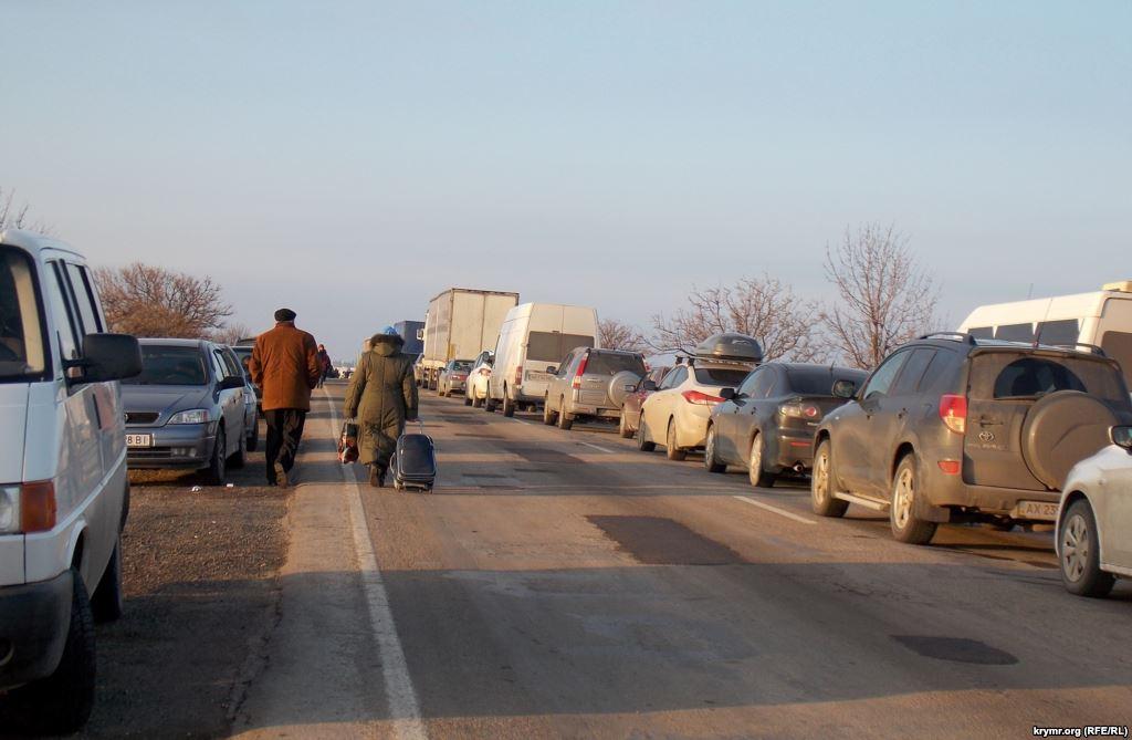 Как доехать в Крым туристам из Украины