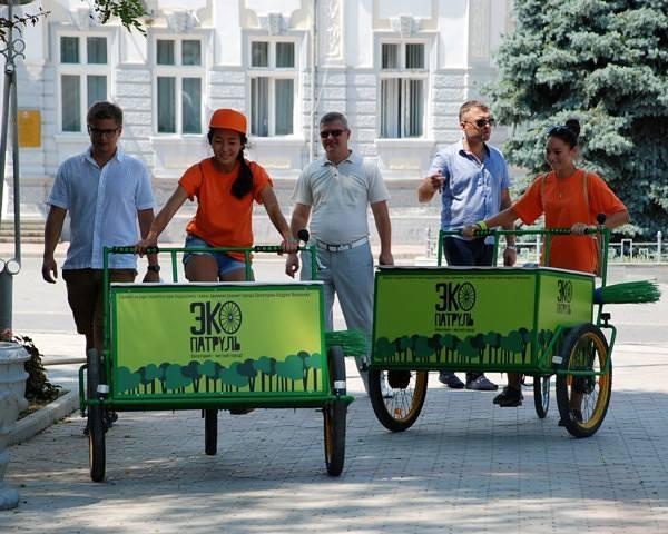 В Евпатории комунальщикам будет помогать молодёжный эко-патруль