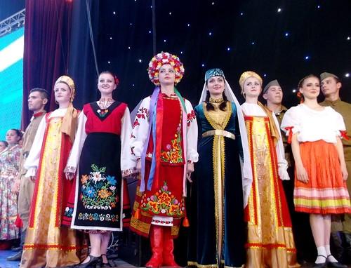 Крымчане  будут цитировать поэму Пушкина и ответят на вопрос, что для них значит русский язык