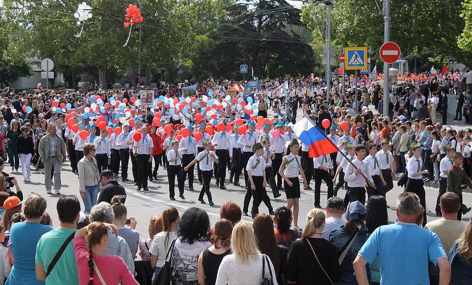 В Севастополе весело и шумно отпраздновали День пионерии