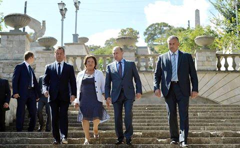 Президент поручил ускорить реставрацию Митридатской лестницы в Керчи