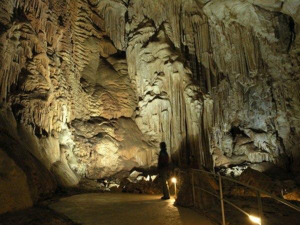 Мраморная пещера Крыма превратится в концертную площадку