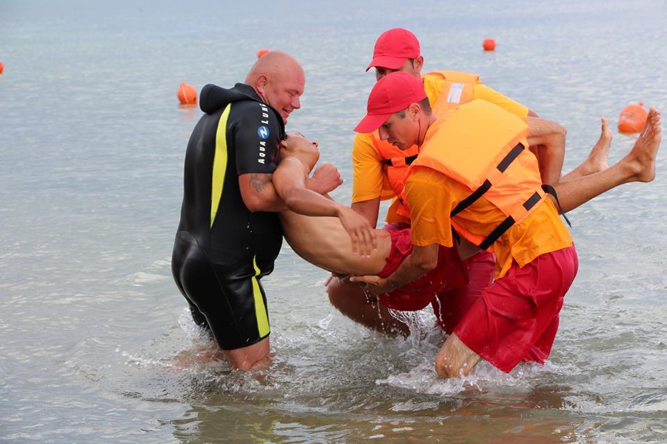 В Черном море спасен турист из Алчевска