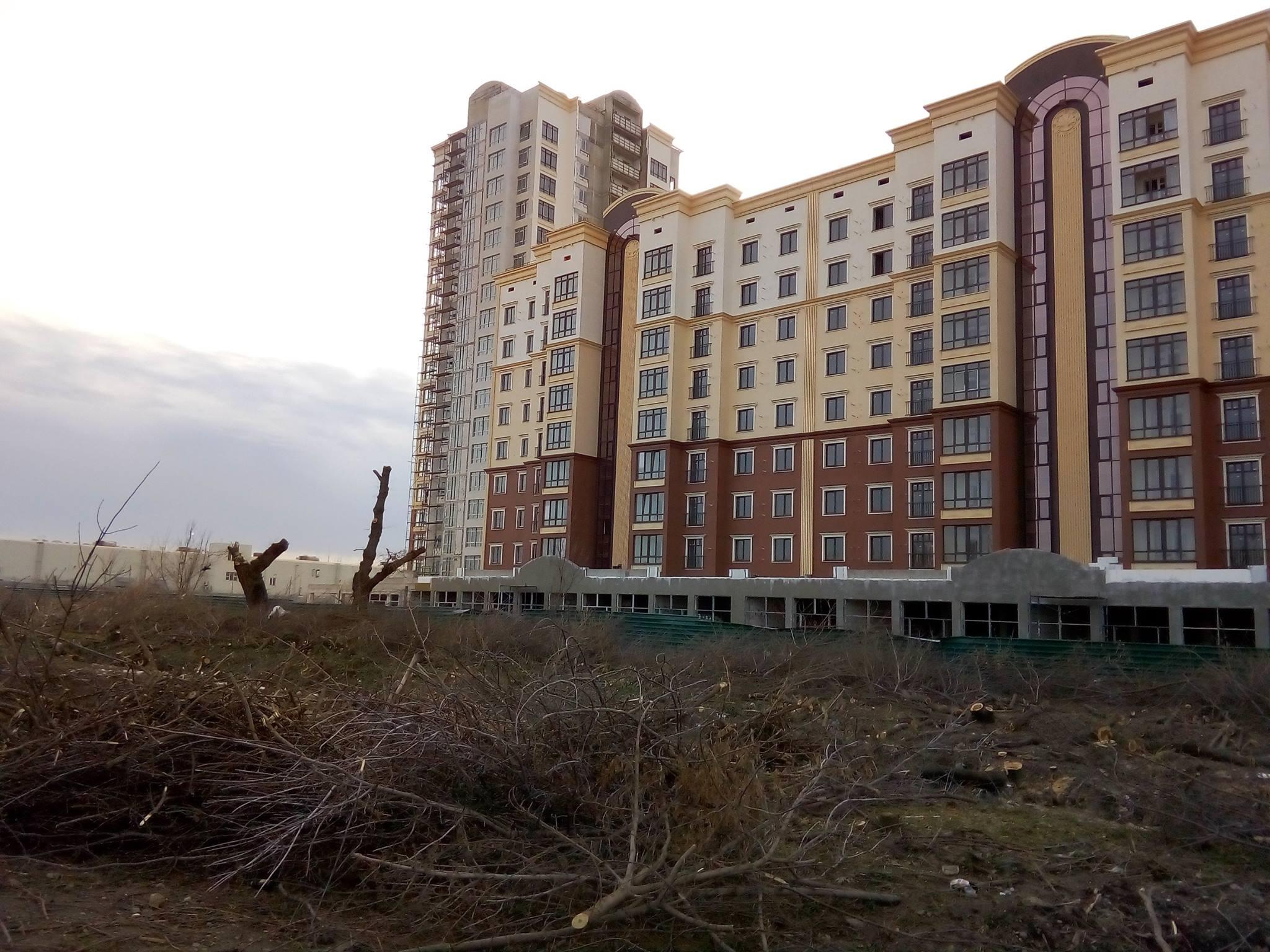 Архитектура по-крымски: дома строят — щепки летят!