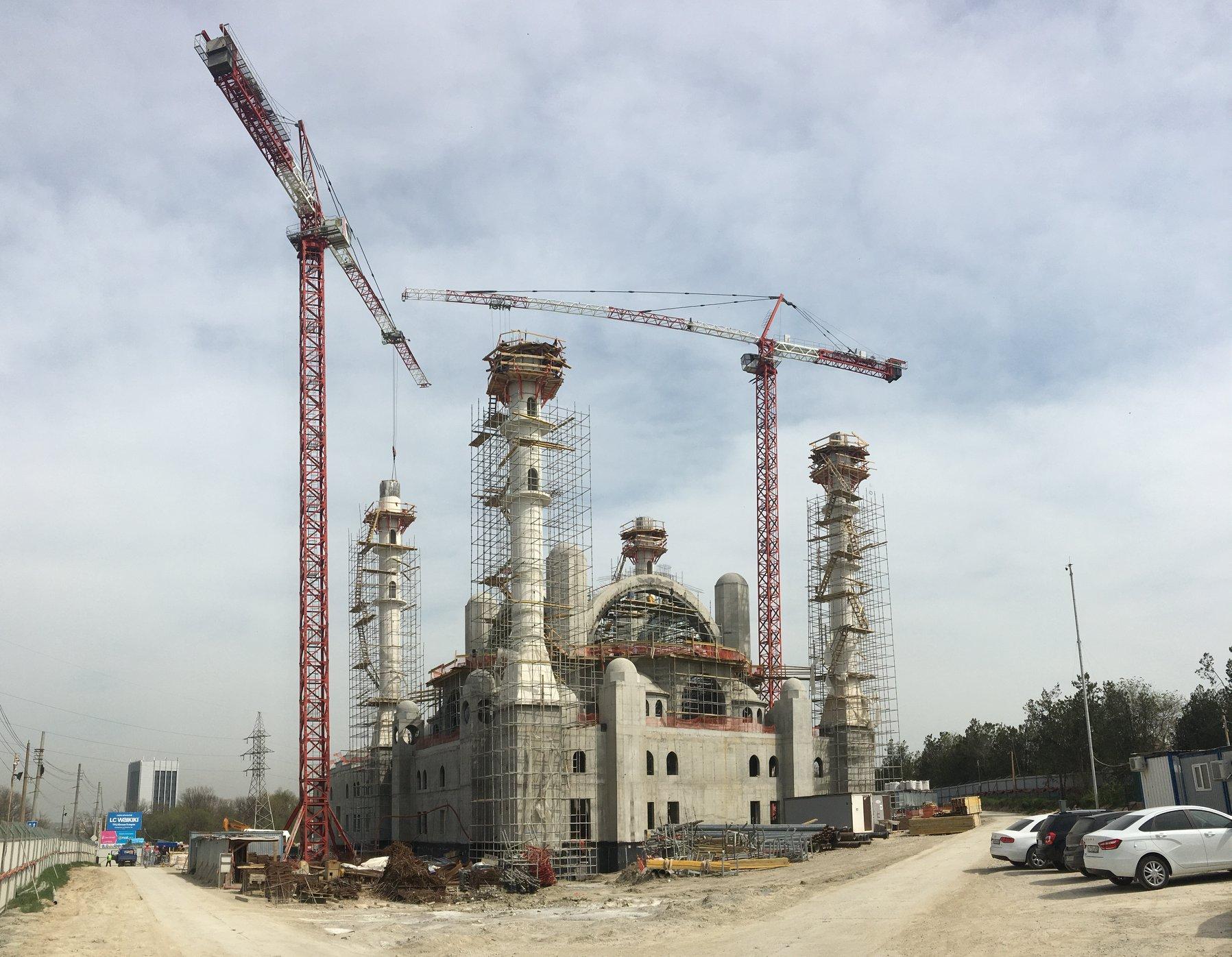 Руслан Бальбек: такой грандиозной мечети Крым ещё не видел!