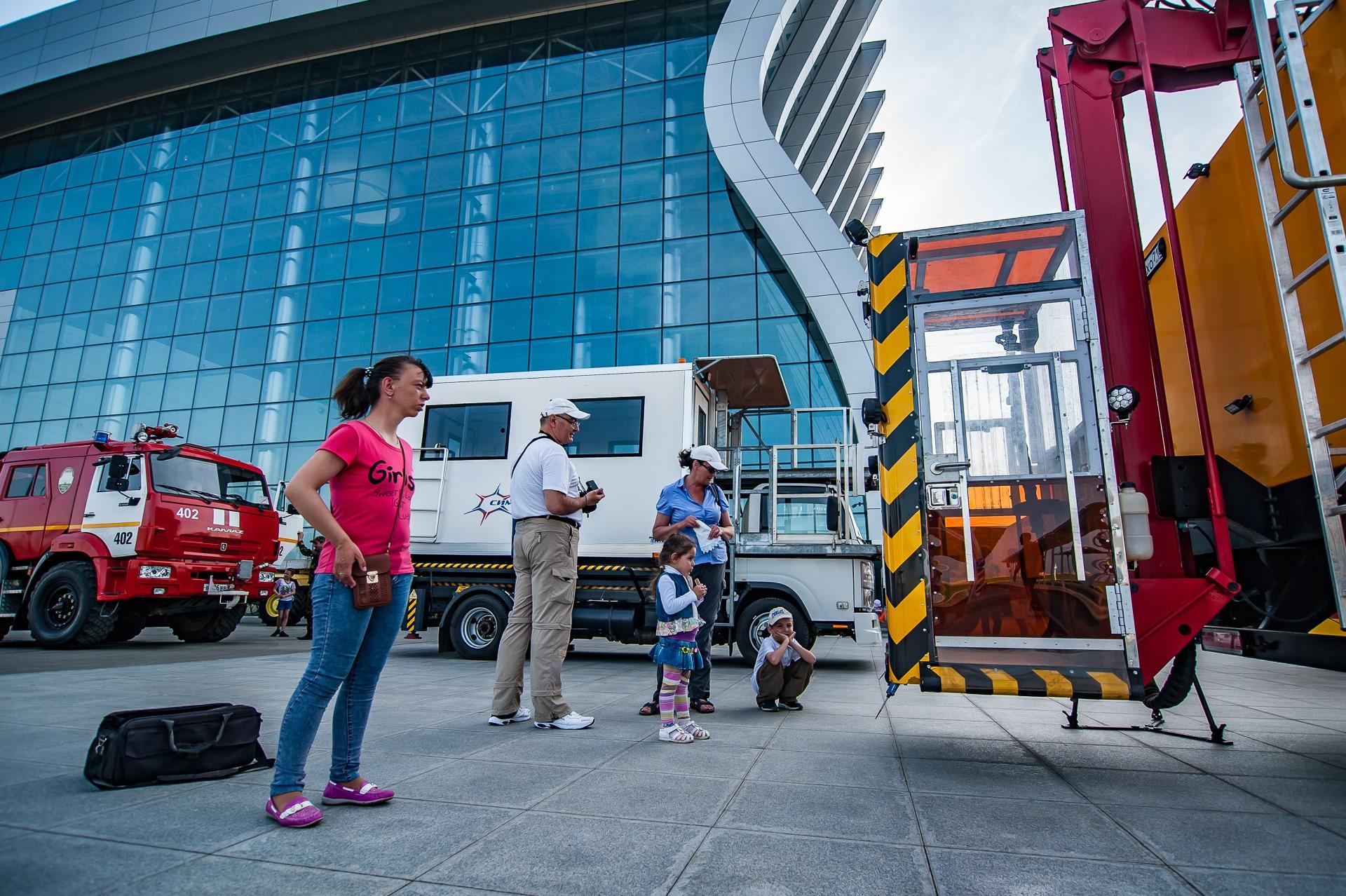 Более тысячи человек посетили выставку аэродромной техники в аэропорту «Симферополь»