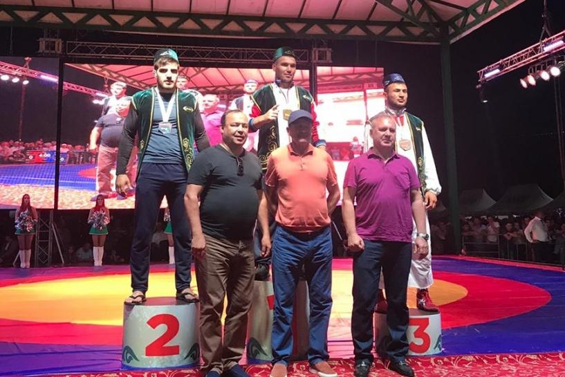 Крымчанин завоевал серебро на чемпионате мира по борьбе на поясах